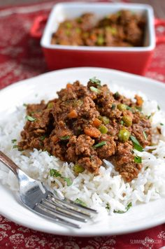 Syn Free Keema Curry using extra lean ground beef and just a few store cupboard spices that packs this dish with flavour.Delicious Syn Free Keema Curry using extra lean ground beef and just a few store cupboard spices that packs this dish with flavour. Beef Keema, Slimming World Curry, Keema Recipes, Indian Food Recipes, Healthy Recipes, Healthy Foods, Diet Recipes, Fat Foods, Fodmap Recipes