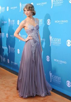 Taylor Swift in a lavender Marchesa gown #sephoraColorWash