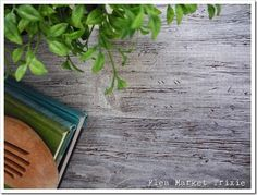 Diy Gray Weathered Wood Faux Finish using Dark Brown Stain & Thinned Gray Paint.