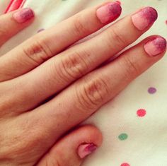 Pink glittery gradient nails :)