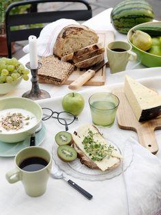 Frukost är som bekant dagens viktigaste måltid. Är den dessutom av det grönare slaget så känns det där sista trappsteget mot pendeltåget kanske inte riktigt lika flåsigt.