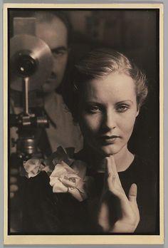 inneroptics:Self-Portrait Harvey Leroy Harvey, ca. 1930