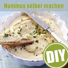 Hummus ist auf dem Vormarsch. So wird der leckere Dip aus Kichererbsen gemacht: http://eatsmarter.de/ernaehrung/news/hummus-selber-machen