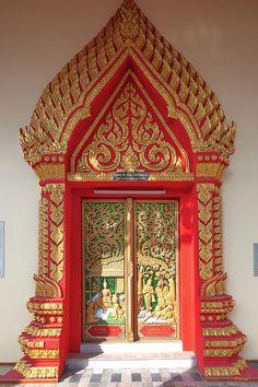 Thailand Photograph - Wat Liab Ubosot Center Door by Gerry Gantt Android Wallpaper Red, Wall Wallpaper, Thailand Art, Gold Furniture, Cool Doors, Thai Art, Gold Handbags, Buddhist Temple, Asia