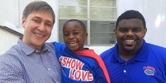 Meet President Austin, the four-year-old boy dressed as Superman helping fight homelessness in the city of Birmingham, Alabama. Four Year Old, Minden, Helping The Homeless, Birmingham, Alabama, Superman, Polo Ralph Lauren, Polo Shirt, Politics