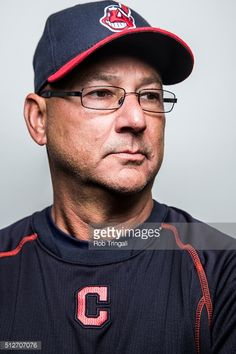 News Photo : Manager Terry Francona of the Cleveland Indians...