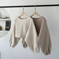 Girls Fashion Clothes, Winter Fashion Outfits, Look Fashion, Korean Fashion, Girl Fashion, Fashion Dresses, Cute Casual Outfits, Stylish Outfits, Safari Look