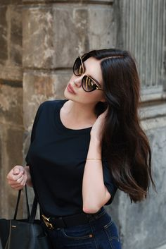 Moye t-shirt, Levi's (cut off 501) shorts, Gucci belt, Dita Heartbreaker sunnies, Apart bracelet, Mumu Madame Black...