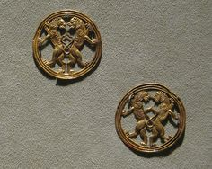 Achaemenid Gold Jewelry: Ornaments with back-to-back lions