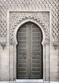Modern Posters and Prints Mosque Architecture Morocco Classical Building Door Flower Wall Art Canvas Painting for Living Room - 50x70cm no frame / E