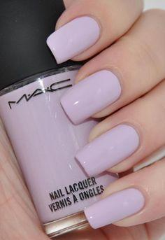love LOVE lilac nails!