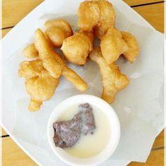 ปาโก๋ จิ้มนมกับกาแฟอุ่นๆ หรือไม่ก็ โอวัลตินร้อนสักแก้ว ก็ทำให้เช้านี้โครตฟินค่ะ    http://www.janbin.com/รีวิว/2300-บ้านถั่วเย็น/เมนู/16992    CR: benz47
