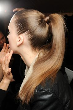 A sleek ponytail - style with Show Beauty Hair care High Ponytail Hairstyles, Slick Hairstyles, Ponytail Styles, Spring Hairstyles, My Hairstyle, Straight Hairstyles, Hair Ponytail, Knot Ponytail, Perfect Hairstyle