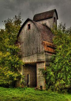 Farm:  #Corn #Crib.