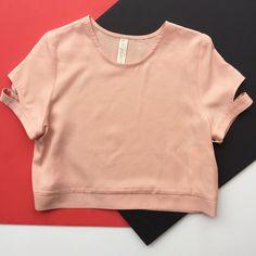 EVE GRAVEL - MINIMALISME - ROSE V Neck, Sweatshirts, Rose, Clothing, Sweaters, Beauty, Fashion, Minimalism, Band