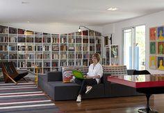 Linda sala-biblioteca. Fonte: Casa e Jardim