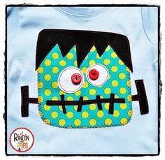 Image of Conjunto Frankie Monster Camiseta Celeste y Pantalón Turco!!!