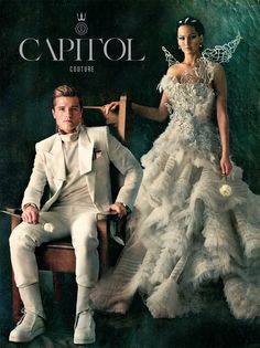 Awwww, Katniss and petta, what a good sight to see before he gets taken to the capitol along with Johanna. {SPOILER!!!}