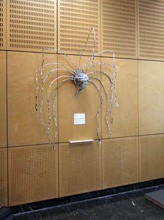 """Tête coiffée"" teya : Clélia Portal #art #cleliaportal #teya #sculpture #matiere #survivance #nature #contemporain #installation #marseille #cercle #jeune #france #sud #papier #pjt #mecene #exposition #femme #artiste#carton #bois #www.teya.fr"
