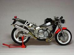 Yamaha+FZR+750R+OW-01+by+Luyan+Wen+12.jpg 1,600×1,200 pixels