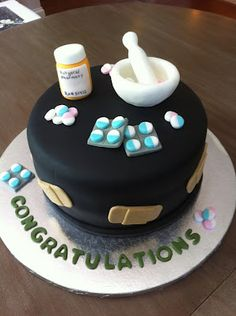 La Pâtisserie Rose: Pharmacy Themed Graduation Cake