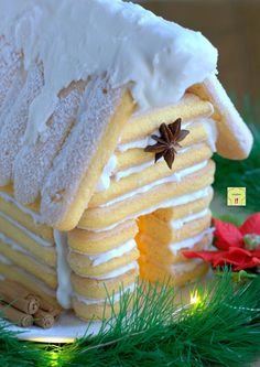 Savoyard house, scenic and nice, very easy .- Savoyard house, scenic and nice, very easy to do - Gingerbread House Parties, Christmas Gingerbread House, Christmas Sweets, Christmas Cooking, Noel Christmas, Christmas Goodies, Torte Cake, Xmas Food, Food Decoration