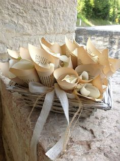 conetti porta petali, umbria wedding decorations