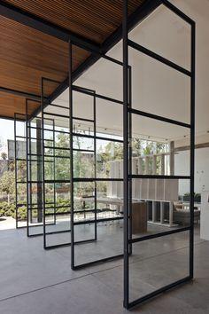 Blum Showroom  / Taller David Dana Arquitectura