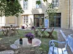 deli bluem Lokal, Slow Food, Deli, Vienna, Patio, Outdoor Decor, Home Decor, Baby Changing Tables, Gazebo