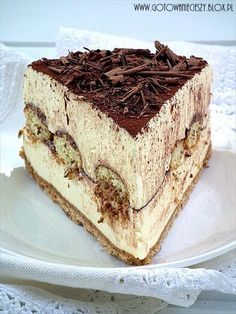 No bake tiramisu cheesecake.  Unfortunately, this website is in a language I am unfamiliar with, so this will have to sit in inspiration until I can find a decent recipe for it.  Ooh, la, la.  You cannot tell me that does not look and sound scrumptious.