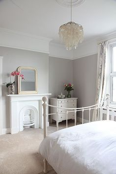 Lowcost ways to add period features back into your home is part of Victorian bedroom - Put these period features back in to your home to add value without spending a fortune! Home Bedroom, Bedroom Interior, Guest Bedroom Design, Bedroom Styles, Victorian Bedroom, Bedroom Decor, Painted Furniture Designs, Home Decor, House Interior