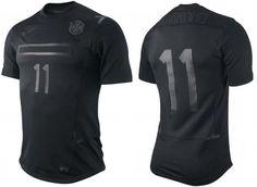 Nike Brasil shirt, all black style for Selecao! Softball Jerseys, Soccer Uniforms, Team Uniforms, Team Shirts, Sports Shirts, All Blacks T Shirt, Mens Running Shirts, Camisa Retro, Sports Jersey Design