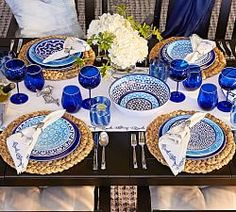 Shop Pottery Barn for outdoor dinnerware sets. Browse our outdoor dinnerware collections for melamine dinnerware in bold colors and stylish patterns, perfect for entertaining. Hawaiian Party Decorations, Ramadan Decorations, Blue Table Settings, Table Set Up, Decoration Table, Dinner Table, Dinner Plates, Coastal Decor, Coastal Style