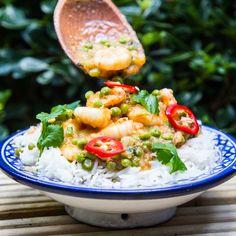 Fresh thai prawn red curry