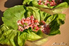 Salata de rosii cu iaurt Mai, Spinach, Cabbage, Vegetables, Food, Salads, Vegetable Recipes, Eten, Veggie Food