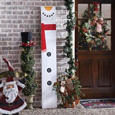 Add a unique Christmas decoration to your front porch this season! Available as a snowman, Santa and an elf, these Wood Plan Plaques are bold and festive!