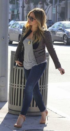 I love Hillary Duff's Style. This casual t-shirt with the stylist jacket and heal is great. Casual but cute.