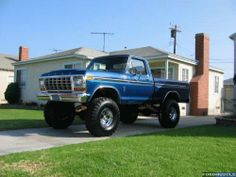 jacked up chevy trucks pictures Jacked Up Chevy, Lifted Ford Trucks, Diesel Trucks, Cool Trucks, Chevy Trucks, 1979 Ford Truck, Ford Pickup Trucks, Ford 4x4, Monster Truck Toys