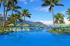Top 5 luxury resorts in Hawaii | HAWAIʻI Magazine Readers' Choice Awards 2016 - 1.St. Regis Princeville Resort, Kauai (Photo courtesy Kauai St. Regis Princeville Resort)