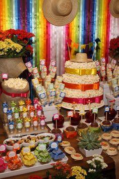 Casamento em clima de Festa Junina Party Deco, Girl Birthday, Birthday Parties, Bar A Bonbon, Farm Party, Ideas Para Fiestas, Candy Buffet, Candyland, Dessert Table