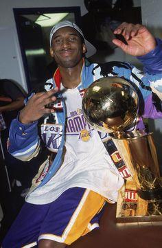 Young Kobe Bryant, Kobe Bryant Family, Lakers Kobe Bryant, Nba Pictures, Basketball Pictures, Kobe Bryant Pictures, Kobe Bryant Black Mamba, Nba Fashion, Nba Wallpapers
