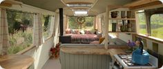 The Majestic Bus - Converted Bedford Panorama Bus Glamping Accommodation near Hay-on-Wye