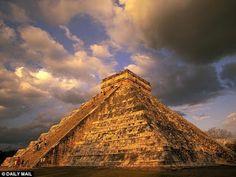 Buscando La Verdad: Descubren un cenote bajo la Pirámide de Kukulcán en Chichen Itzá   Destacado