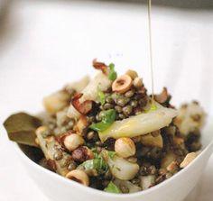 Knolselderij en linzen met hazelnoten en munt • EVA, verleidelijk vegetarisch