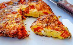 Frittata di pane ammollato e pomodorini, ricetta siciliana, ricetta facile e veloce, secondo per pranzo, cena, piatto economico, saporito, riciclare pane raffermo