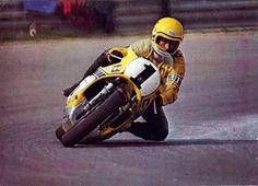 (Moto)GP. King Kenny Roberts..(for more see board motogp- yamaha) Street Motorcycles, Yamaha Motorcycles, Custom Motorcycles, Cars And Motorcycles, Super Bikes, Sidecar, Motogp, Road Racing, Ducati