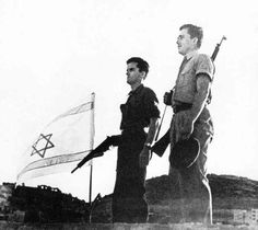 Jews raise the new Israeli flag 1948