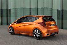 Nissan Auto Nuove, L'applicazione Di Colore Che Sono Molto Precisi, Quindi Questa Vettura Guardare Più Alla Moda, Elegante, Lussuoso E Affascinante