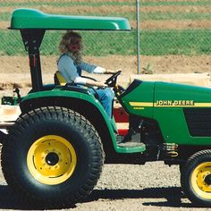 13 Best John Deere 3000, 4000 and 5000 Series Accessories