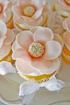 wedding cupcakes 10